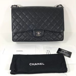 Chanel maxi single flap classic CF caviar